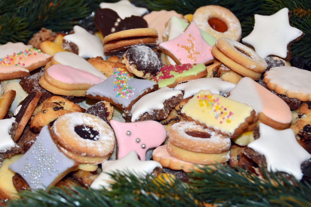 christmas-biscuits-1093587_1280